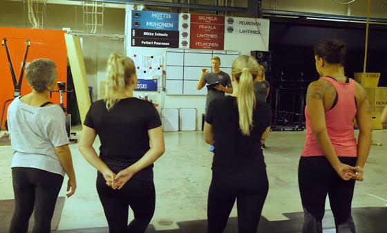 CrossFit aloitus - kuvaa alkeisryhmätunnilta